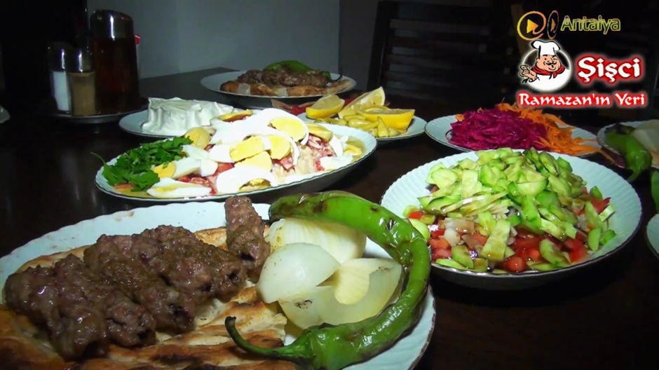 Antalya Şişçi Ramazanın Yeri -sisci ramazan -restaurant şiş köfte piyaz kabak tatlısı (21)