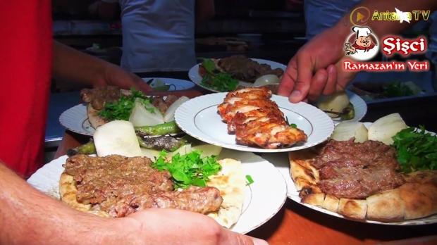 Antalya Şişçi Ramazanın Yeri -sisci ramazan -restaurant şiş köfte piyaz kabak tatlısı (25)