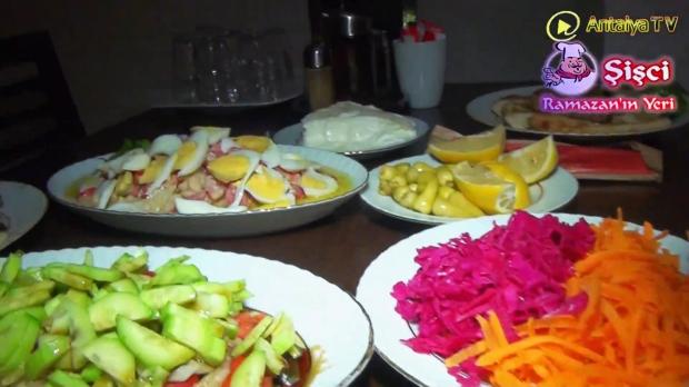 Antalya Şişçi Ramazanın Yeri -sisci ramazan -restaurant şiş köfte piyaz kabak tatlısı (29)