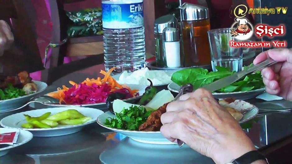 Antalya Şişçi Ramazanın Yeri -sisci ramazan -restaurant şiş köfte piyaz kabak tatlısı (48)