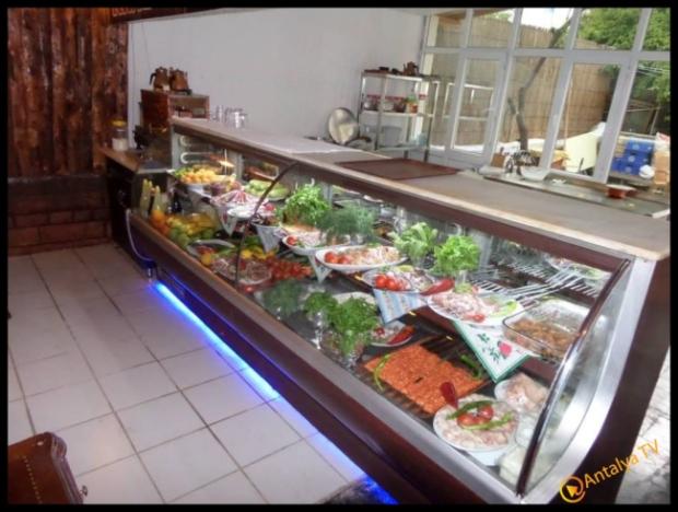 Kral Ocakbaşı Restaurant- Yavuz Beyazkoç- Antalya TV- Magazin Muhabiri Rüya Kürümoğlu04