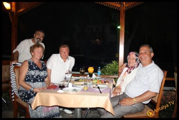 Kral Ocakbaşı Restaurant- Yavuz Beyazkoç- Antalya TV- Magazin Muhabiri Rüya Kürümoğlu13