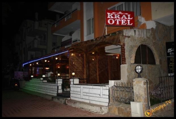 Kral Ocakbaşı Restaurant- Yavuz Beyazkoç- Antalya TV- Magazin Muhabiri Rüya Kürümoğlu35