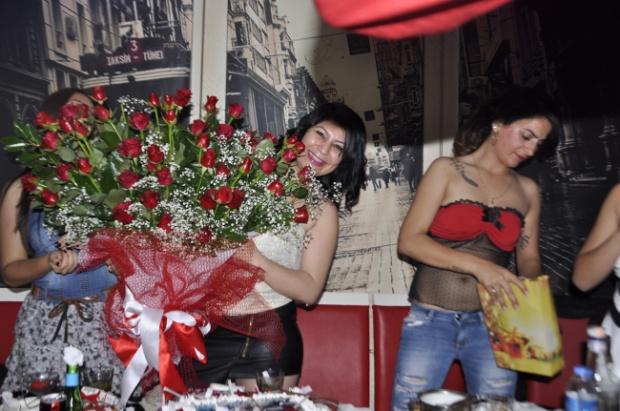Paparazi Bar- Kalender- Muhabir Rüya Kürümoğlu- Antalya TV03