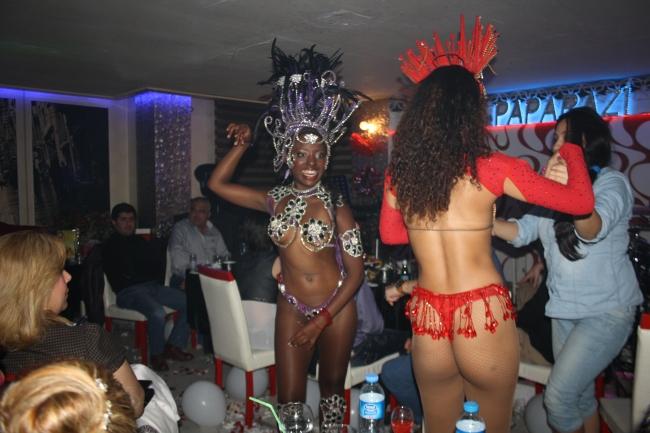 Paparazi Bar- Kalender- Muhabir Rüya Kürümoğlu- Antalya TV24