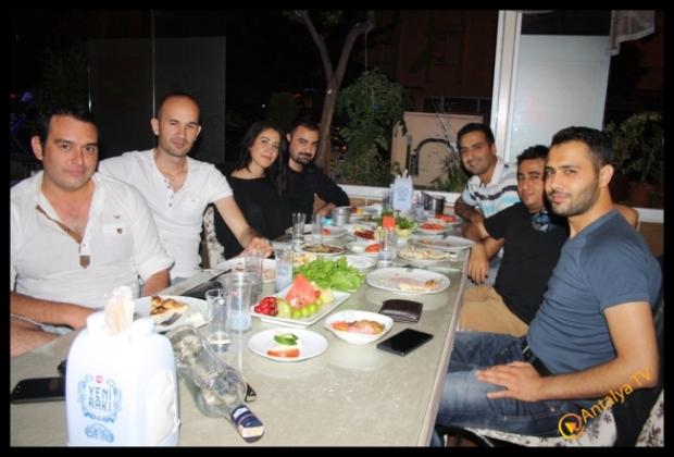 Devecim 01 Adanalı Ocakbaşı- Hanifi Pınar- Ali Balcı- Antalya TV- Muhabir Rüya Kürümoğlu15