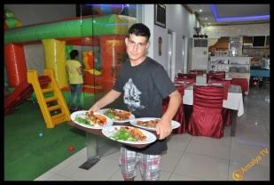 Eshab-ı Keyf Restaurant- Veysi Akan- Ülkü Ocakları Eğitim Kültür Vakfı Antalya İl Başkanı Emrah Taşkın (15)