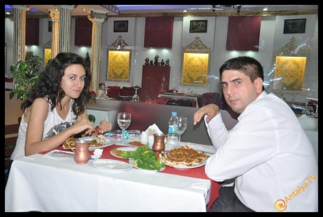 Eshab-ı Keyf Restaurant- Veysi  Akan- Ülkü Ocakları Eğitim Kültür Vakfı Antalya İl Başkanı Emrah Taşkın (2)
