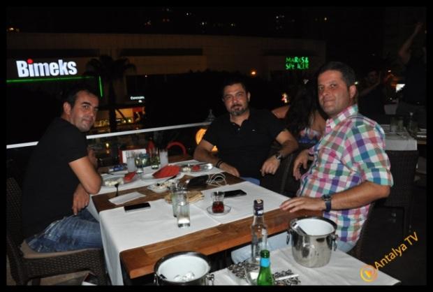 Çatı Ocakbaşı- Antalya TV- Muhabir Rüya Kürümoğlu (10)