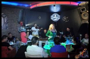 Güllü - Mira Alaturka- Behnan Suat Zor- Antalya Tv- Antalya TV Gece Muhabiri Fırtına Rüya Kürümoğlu241
