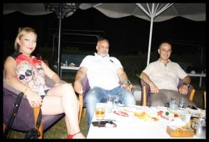 MYRA Beach Bar- Can Afacan- Murat Dalboyun Orkestrası- Antalya TV- Muhabir Rüya Kürümoğlu (2)