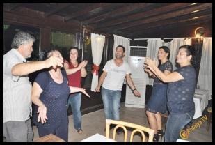 Kıbrıs Ada TV- Tavukçu Show - Burhan Çapraz- Antalya TV- Muhabir Rüya Kürümoğlu- Prens Boran (160)