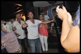 Kıbrıs Ada TV- Tavukçu Show - Burhan Çapraz- Antalya TV- Muhabir Rüya Kürümoğlu- Prens Boran (23)