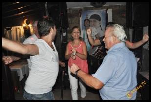 Kıbrıs Ada TV- Tavukçu Show - Burhan Çapraz- Antalya TV- Muhabir Rüya Kürümoğlu- Prens Boran (27)