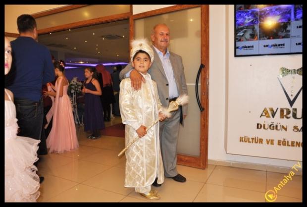 Ali  ve Fatma Kuze çiftinin oğlu  İsmail Kuze Sünnet Düğünü