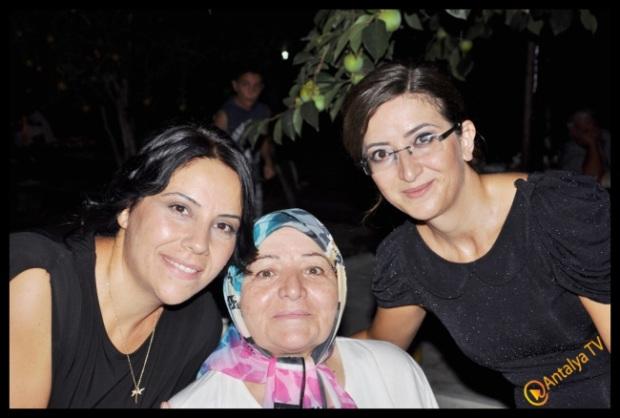 Antalya TV- Ali Aksoy- Hatice Aksoy- Muhabir Rüya Kürümoğlu (298)