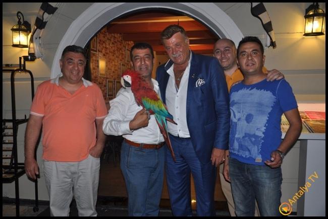 Talya Cafe Bistro- Fidan İlteray- Nuri Alço- Antalya TV- Muhabir Rüya Kürümoğlu (21)