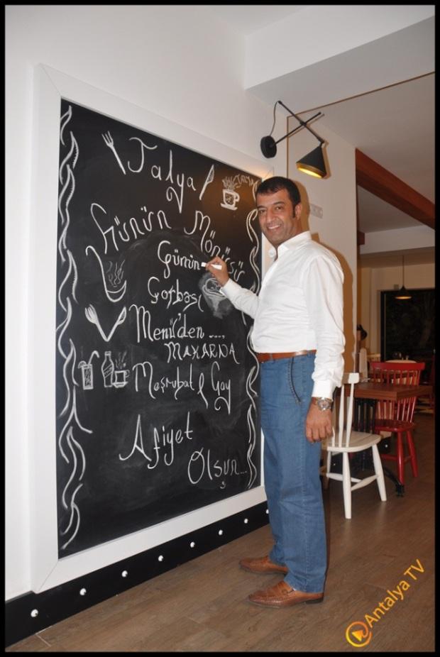 Talya Cafe Bistro- Fidan İlteray- Nuri Alço- Antalya TV- Muhabir Rüya Kürümoğlu (61)