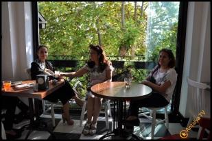 Talya Cafe Bistro- Nuri Alço, Fidan İlteray, Antalya TV, Muhabir Rüya Kürümoğlu (123)