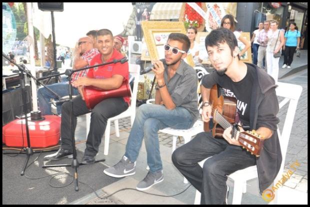 Talya Cafe Bistro- Nuri Alço, Fidan İlteray, Antalya TV, Muhabir Rüya Kürümoğlu  (13)