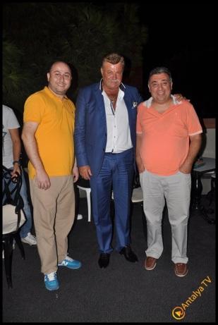 Talya Cafe Bistro- Nuri Alço, Fidan İlteray, Antalya TV, Muhabir Rüya Kürümoğlu (260)