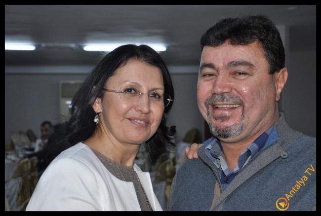 Duman Düğün Sarayında 20. Yıl Kutlamasında  Ümmühan ve Keman Duman Çifti