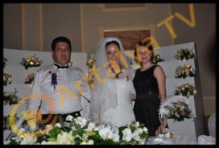 Kemer Belediye Başkanı Mustafa Gül ve Neşe Gül Düğününde Yeni Yüz Yıl Gazetesi Seda Çınar