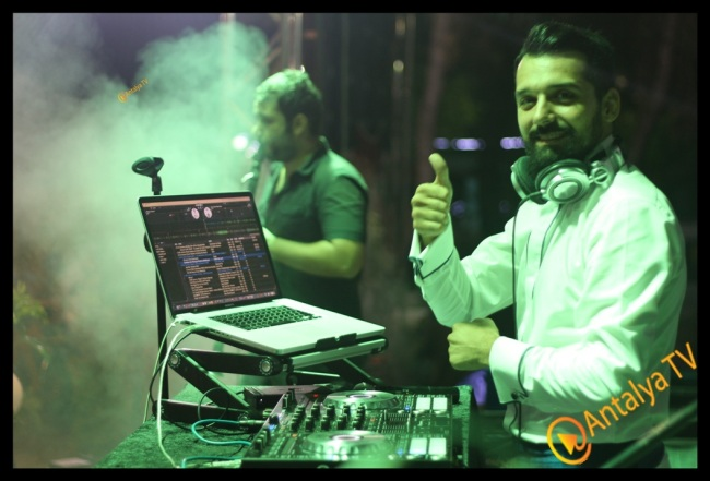 DJ Ahmet Uysal