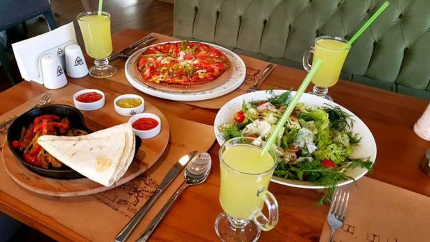 Korkuteli Kahve Sokağı - 02422302111 - korkuteli cafe restaurant (1)