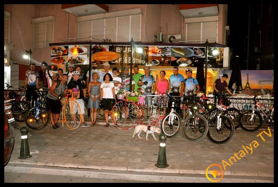 Burju Cafe İftar Yemeğinde Vegabis Bisiklet Grubunu Ağırladı