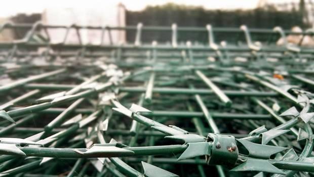 Side Tel Çit Manavgat - 0533 745 9354 halı saha çitleri fabrika çit direkleri tel çit imalatçısı dikenli tel (1)