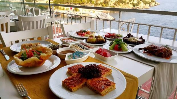 Antalya Balıkevi 0541 5418200 Kabare Saçıbeyaz Restaurant (2)