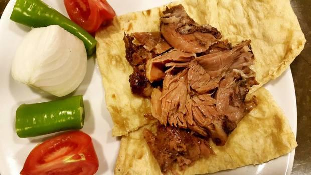 antalya etli ekmek nasreddin restaurant antalya firin kebabi (12)