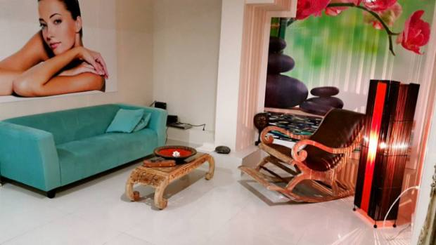 Antalya Kuför ve Güzellik merkezi spa 0242 228 9299 saç tasarımı manikür pedikür (13)