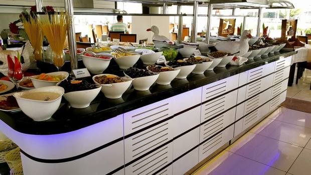 Antalya otelde  kahvaltı 0242 228 8900 Blue Garden Hotel Antalya Şehir İçi Otelleri (19)