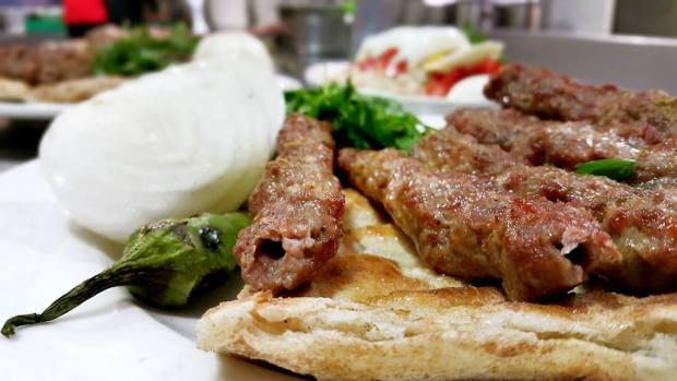 antalya restaurant sis kofte piyaz kabak tatlisi sisci ramazan uncali (15)
