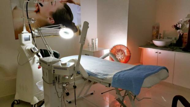Antalya Saç tasarımı ve spa merkezi 0242 228 9299 kişisel bakım bayan kuaför cilt bakımı (7)