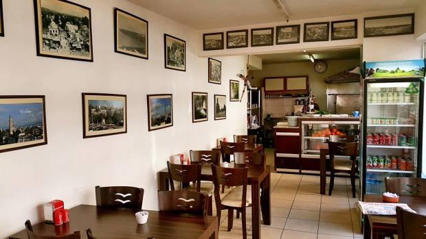antalya serpme börek inci börek salonu antalya börekçi kahvaltı (3)