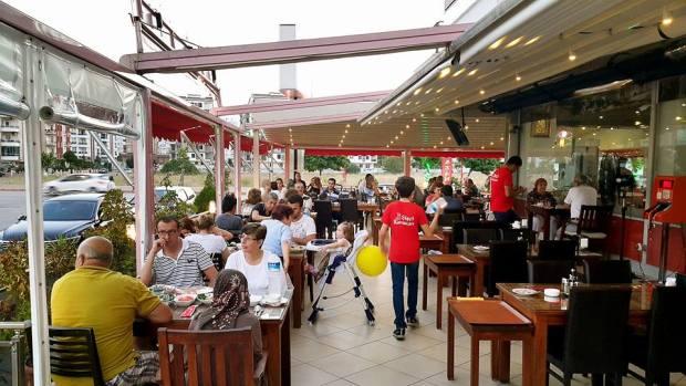 Şişçi Ramazan Uncalı 0242 228 8200  Restoranlar Konyaaltı Paket Servis Antalya Şiş Köfte Piyaz  (1)
