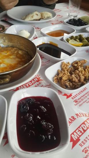 antalya kemer ulupınar en iyi restaurant kahvaltı yarıkpınar meydan restaurant (16)