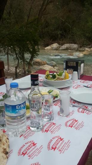 antalya kemer ulupınar en iyi restaurant kahvaltı yarıkpınar meydan restaurant (29)