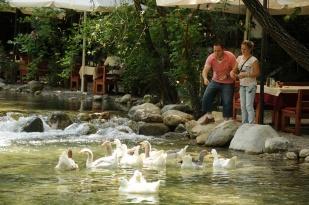 antalya kemer ulupınar kahvaltı mekanları yarıkpınar meydan restaurant (3)