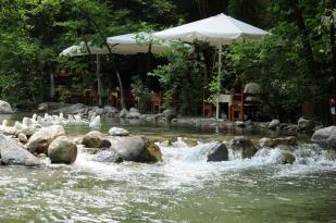 antalya kemer ulupınar kahvaltı mekanları yarıkpınar meydan restaurant (6)