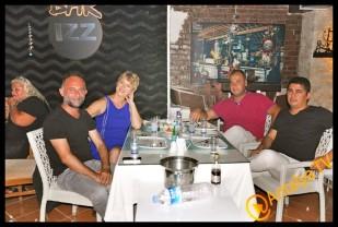 İzz Et Balık Restaurant'- Leyla Ertaş- Gülay Nacar