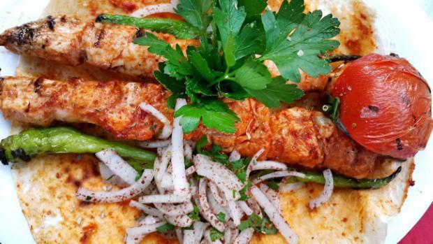 meselik-restoran-antalya-raki-balik-zengin-meze-cesitleri-alkollu-restaurantlar-serpme-kahvalti-10