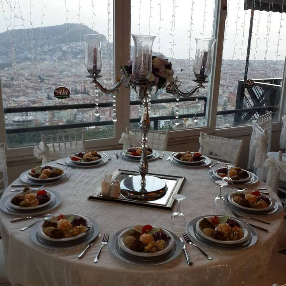 alanya-seyri-ala-keyfi-ala-restaurant-0242-522-00-58-dugun-salonu-kahvalti-mekanlari-restaurant-4