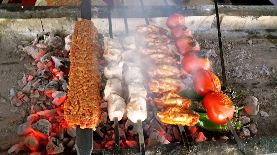 antalya-ocakmasi-restoranlar-05363323032-alkollu-ickili-mekanlar-et-lokantasi-en-iyi-ocakbasi-12