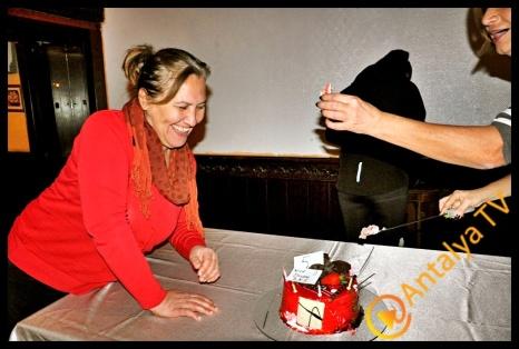 Kaleiçinde Doğanlar Kaleiçini Sevenler grubu kuruluşunun 5. Yılını grup üyeleri ile Denizci'nin Kahvesinde kutladılar