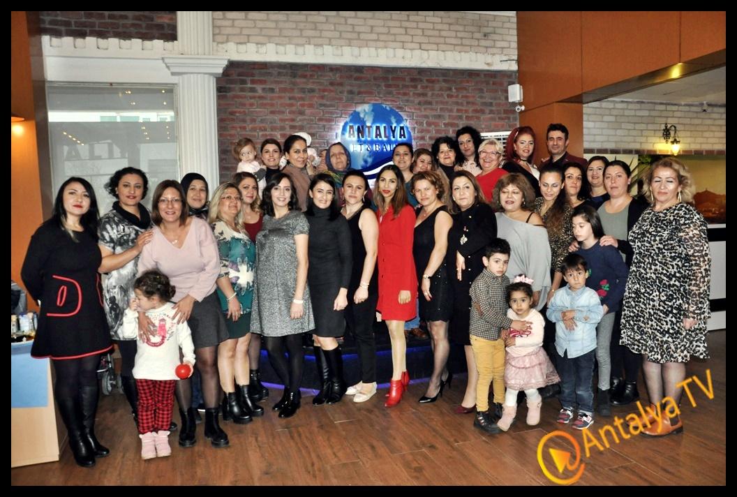Kadınlar Matinesi Antalya Et Balık Restaurat'da Yapıldı